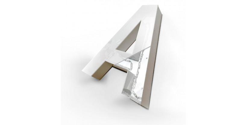 Lettere scatolate in alluminio con luce frontale