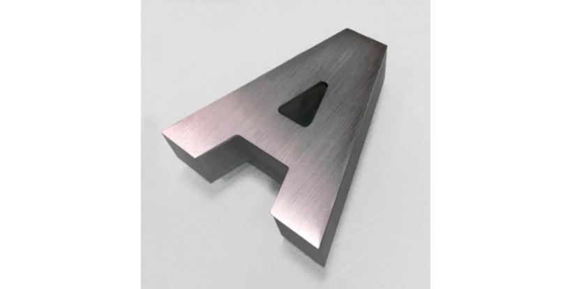 Lettere Scatolate in Alluminio con Illuminazione